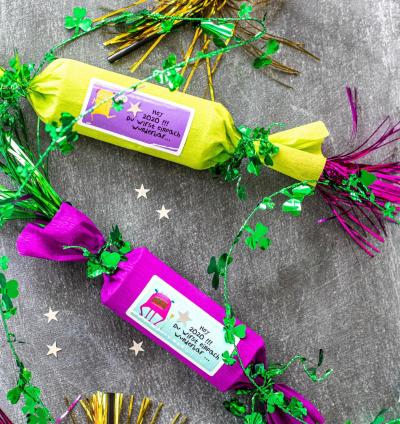 Bonbons papillotes à éclater (crackers) pour un réveillon amusant avec les enfants
